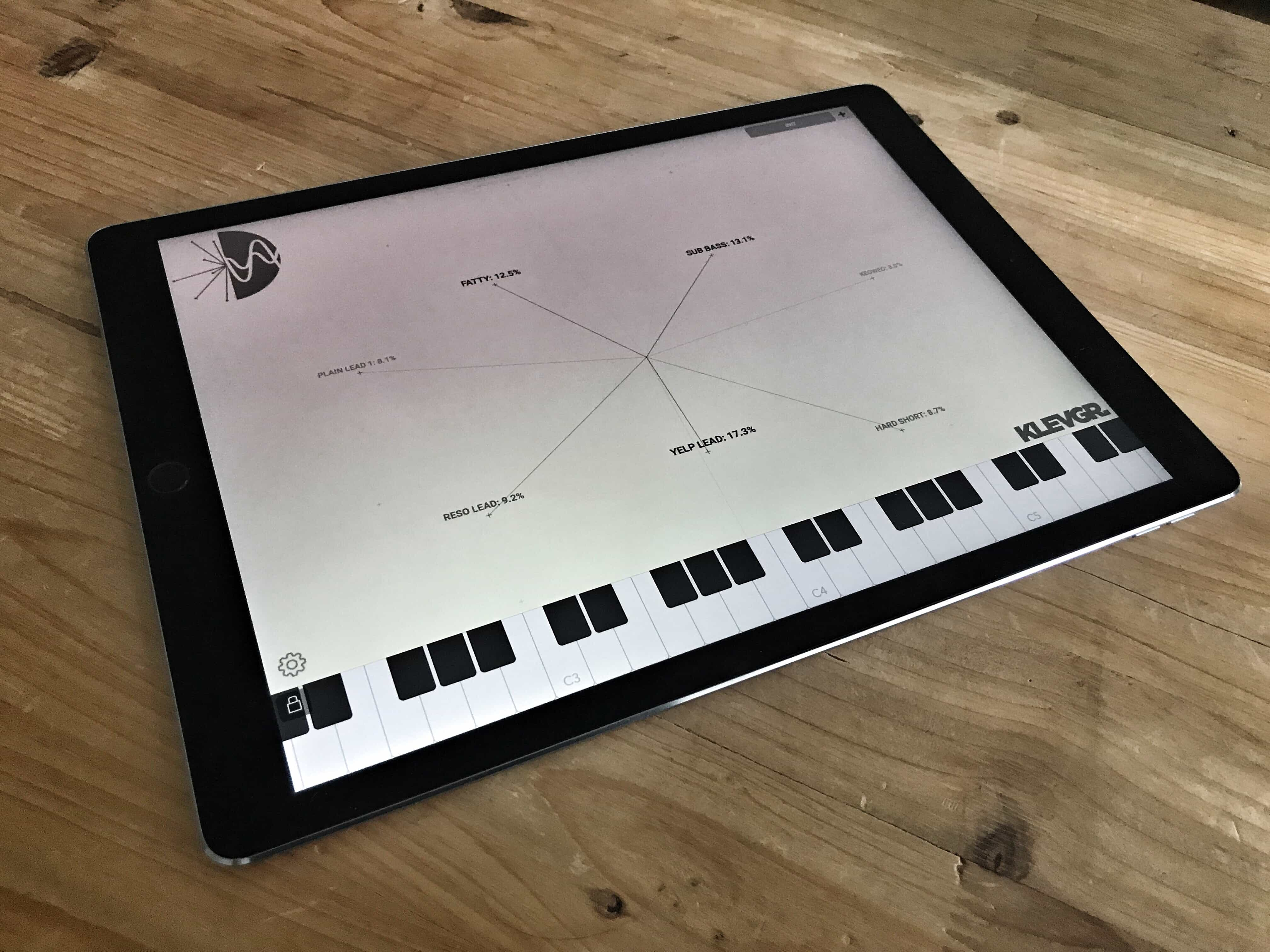 SyndtSphere iPad synth