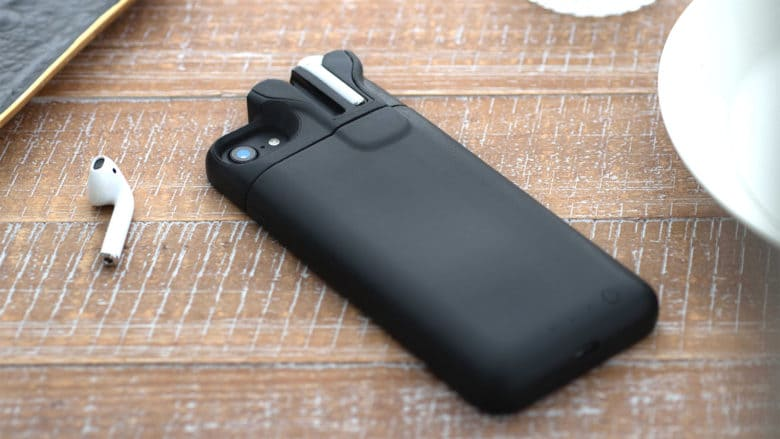 online store 99bf6 659d8 Clever iPhone battery case charges AirPods, too | Cult of Mac