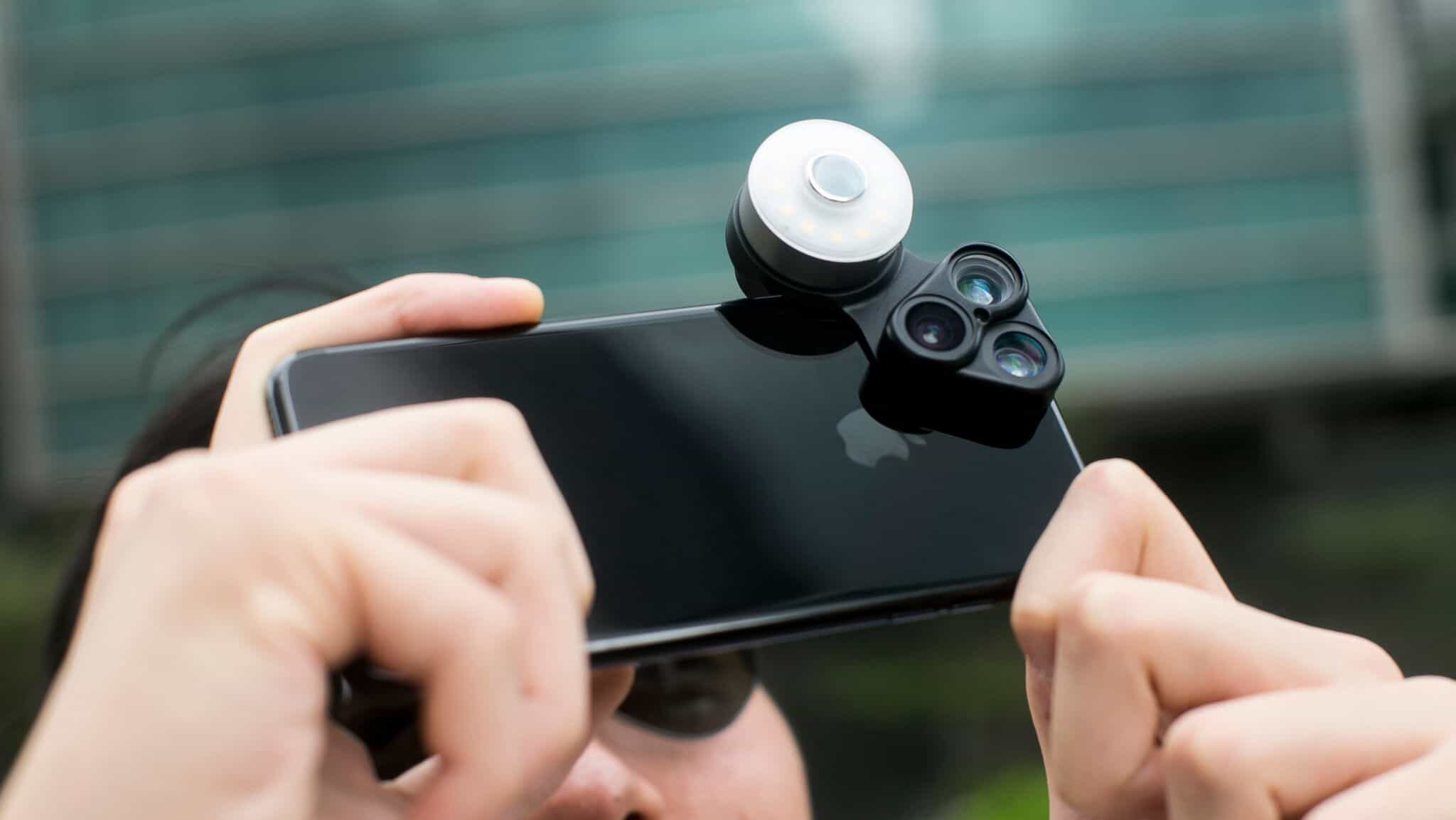 iphone camera lens attachment flashy 3 in 1 lens lights up your iphone photos cult of mac 2188