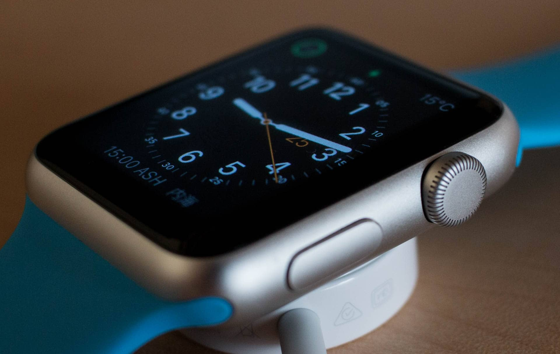 Act fast to get lowest price Apple Watch Series 1 .