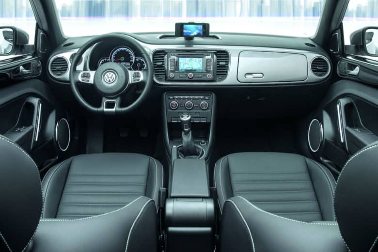 Inside the VW iBeetle, a collaboration between Apple and Volkswagen