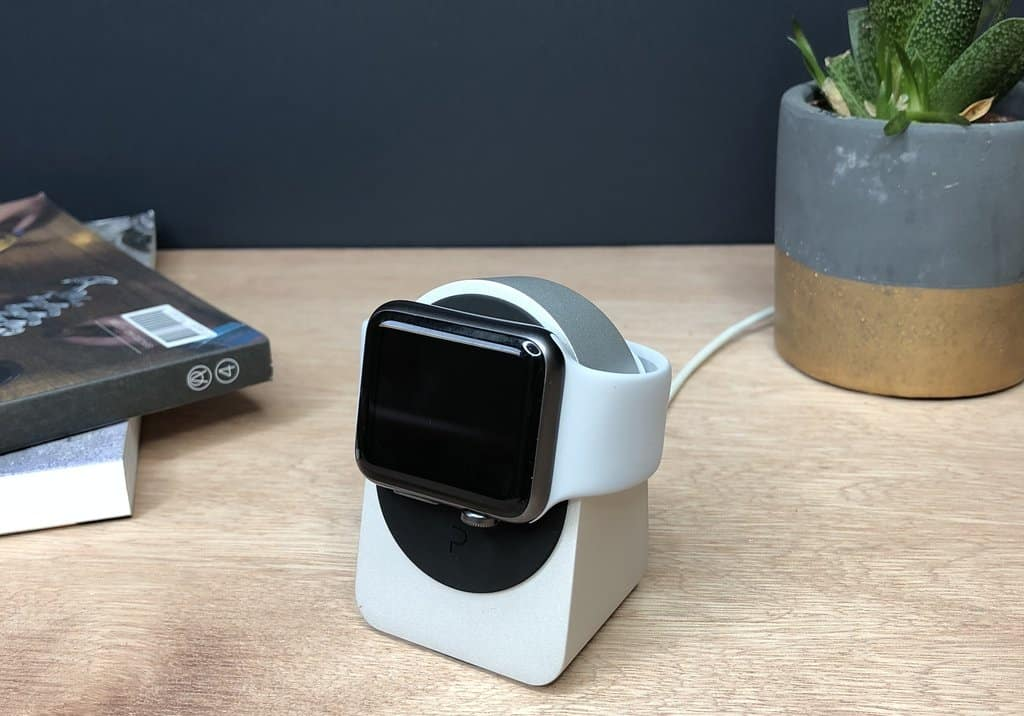 Best Apple Watch Chargers Stands And Cases For Series 3