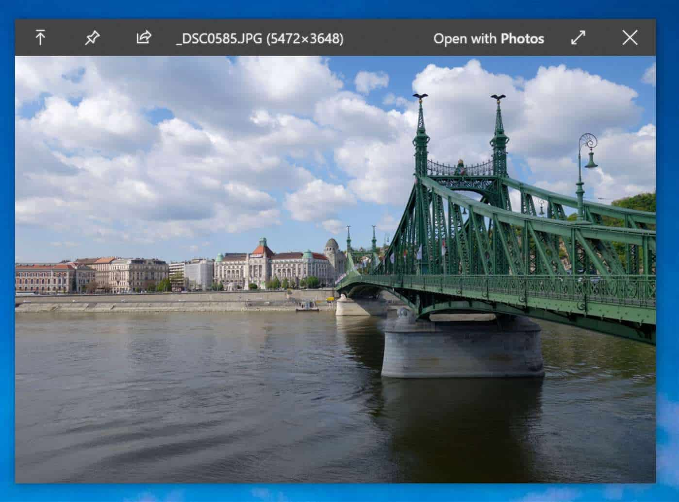 QuickLook for Windows 10