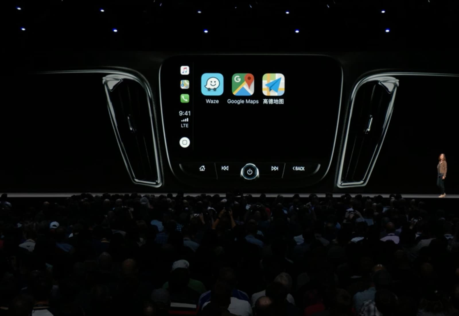 Apple Carplay gets Google Maps