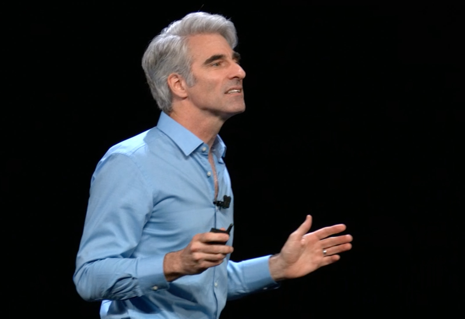 Apple's Software Engineering VP offers advice to up-and-coming coders