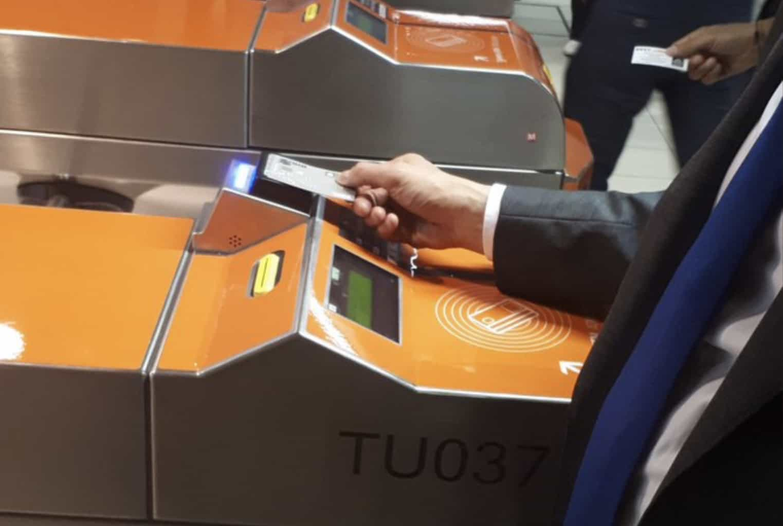 Apple Pay Milan subway