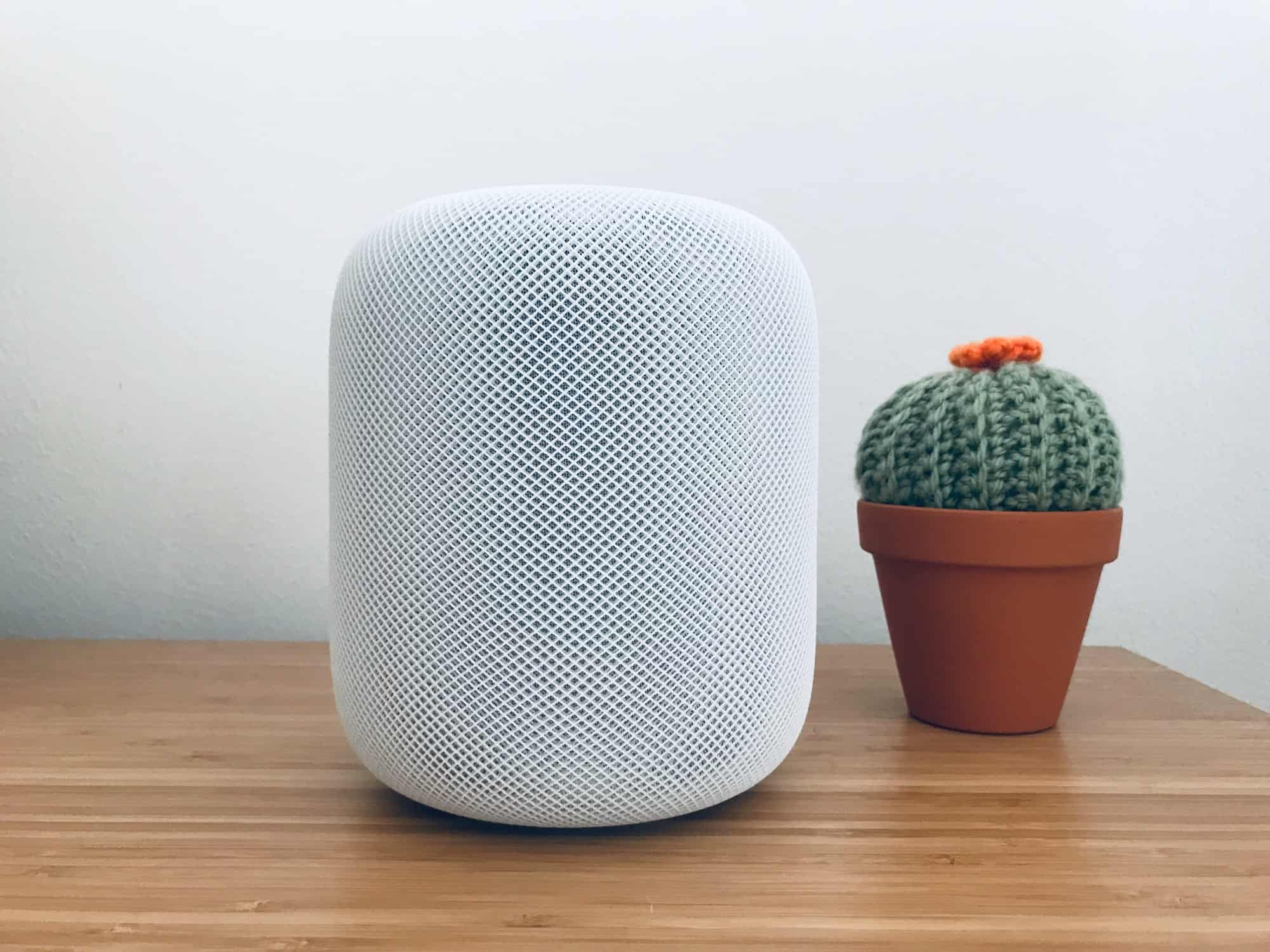 The HomePod -- a beautiful body with the brain of an idiot.