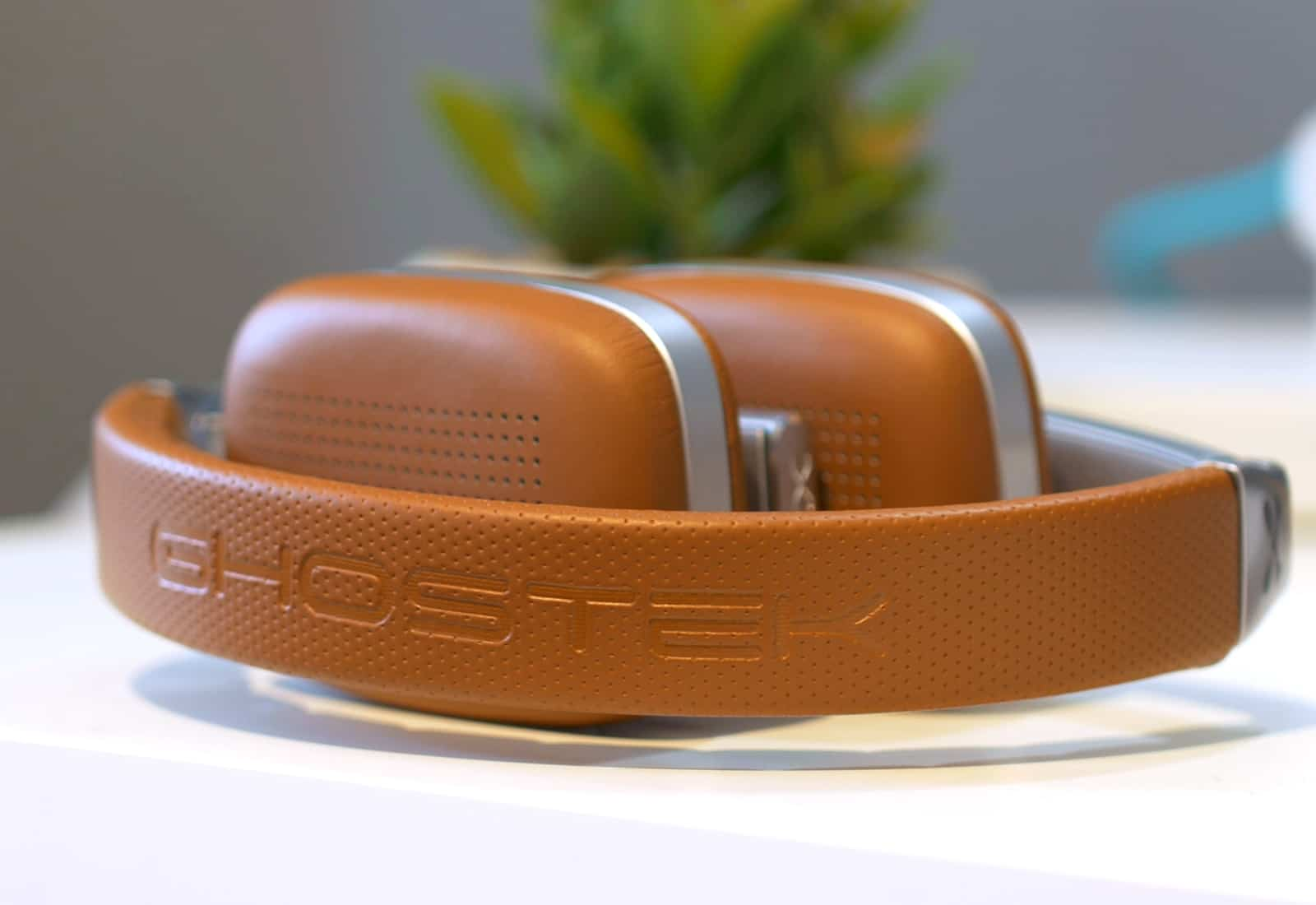 Ghostek Rapture headphones review: The Raptures fold up to about half their size for easy storage