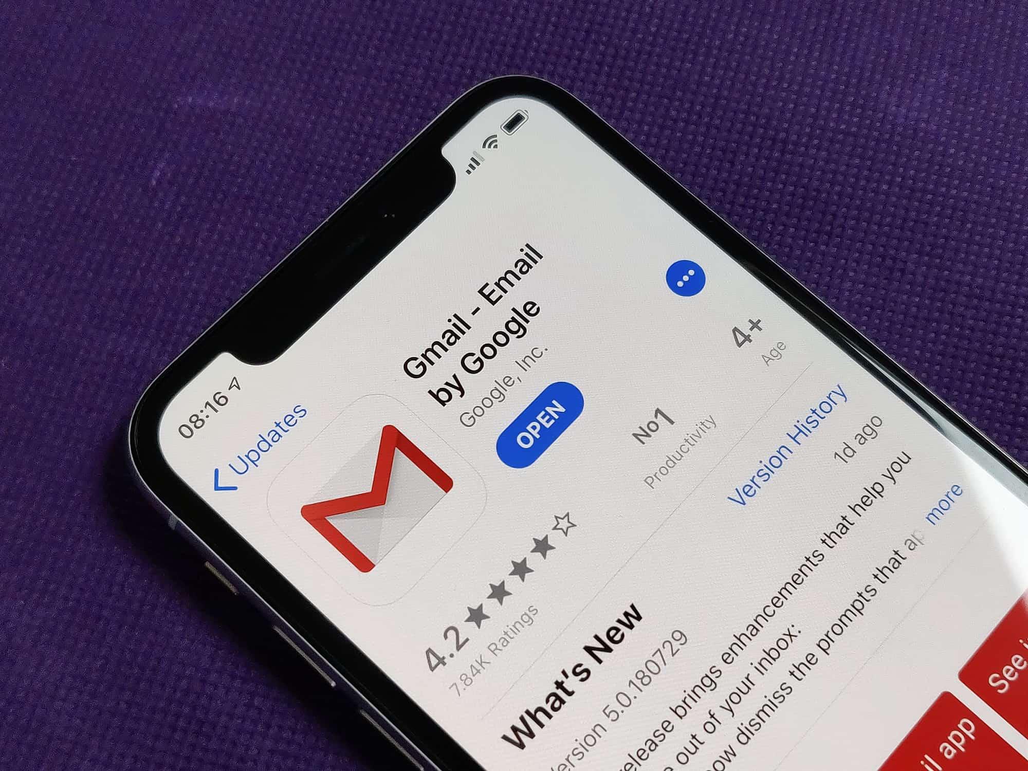 Gmail Finally Goes Dark For Ios 13