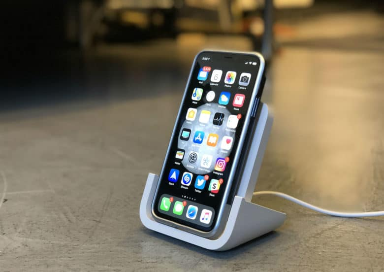 New Logitech Powered wireless charger for iPhone eliminates the heartbreaking nudge.
