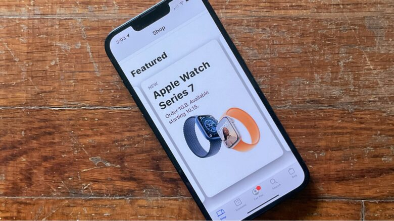 The Apple Store app won't let you configure an Apple Watch Series 7 yet