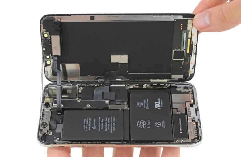 super popular 0eaef 560fc Doing your own iPhone repair is surprisingly dangerous | Cult of Mac
