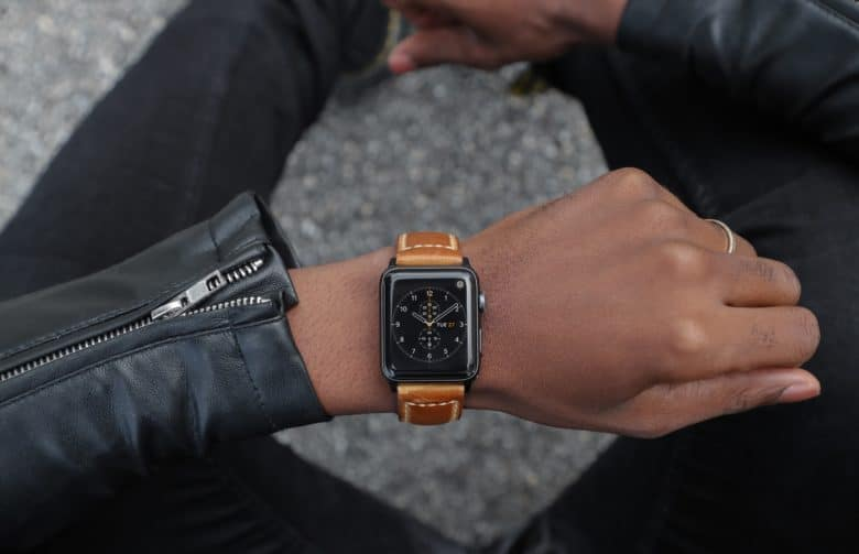 5e9d583d8 Your new Apple Watch Series 4 deserves a serious leather strap