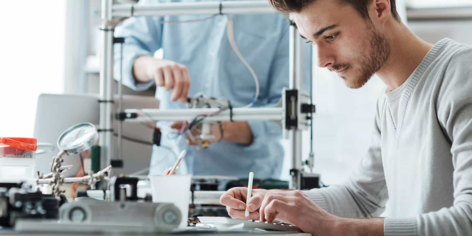 Learn how to use 3D printers, CAD software, CNC machines and more with this bundle of a dozen instructional eBooks.
