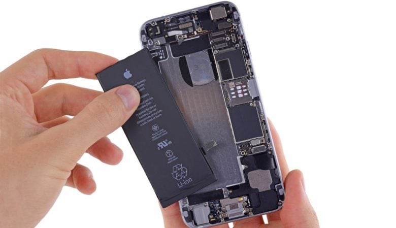Get your inexpensive iPhone battery replacement while you