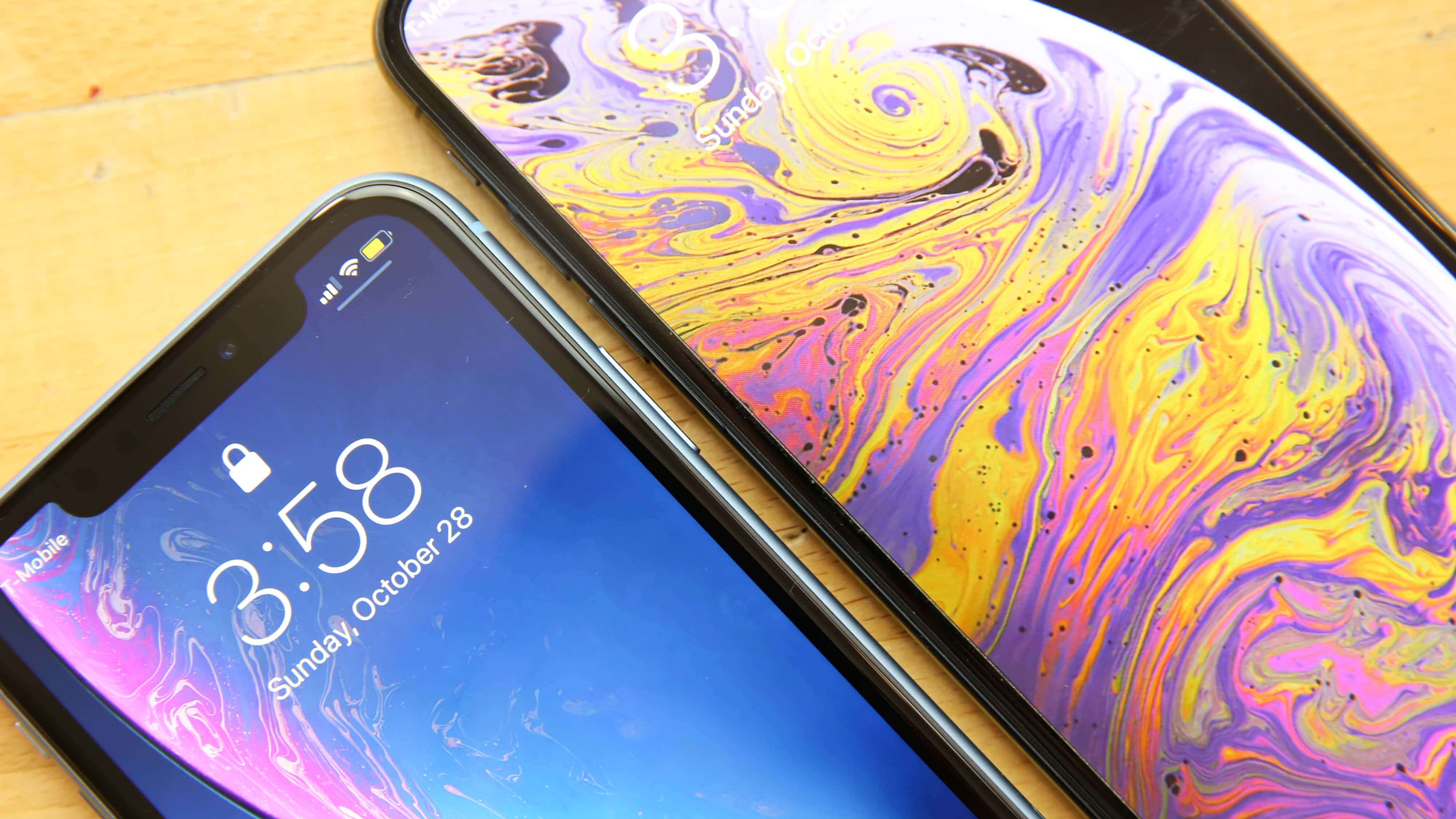 iPhone XR screen bezels