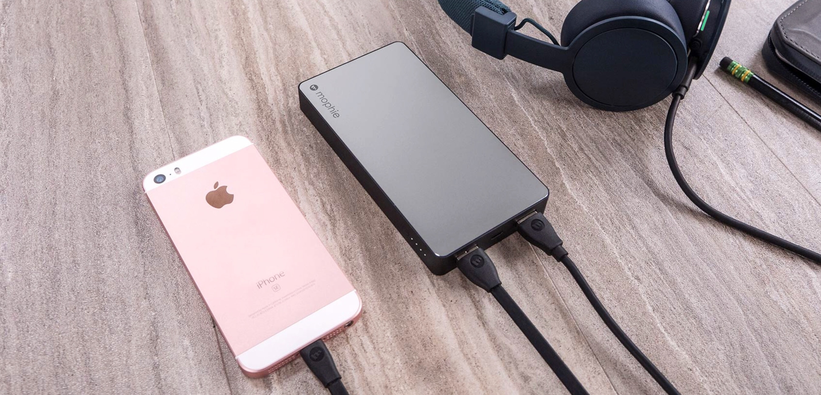 mophie Powerstation XXL was designed especially for devices with Lighting ports.
