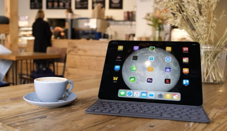 The Smart Keyboard Folio turns the iPad into a laptop, but there are better options.
