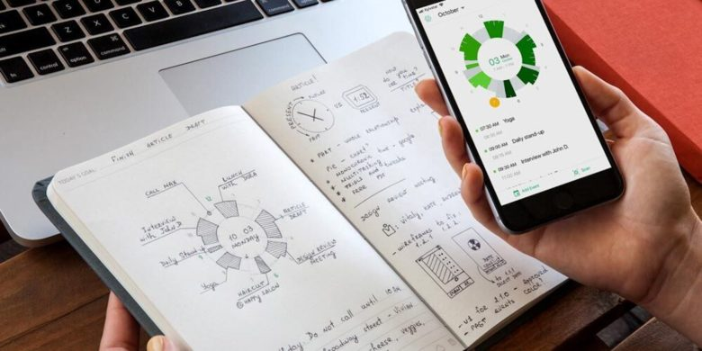 Connect your digital calendar to a physical one, with this innovative planner.