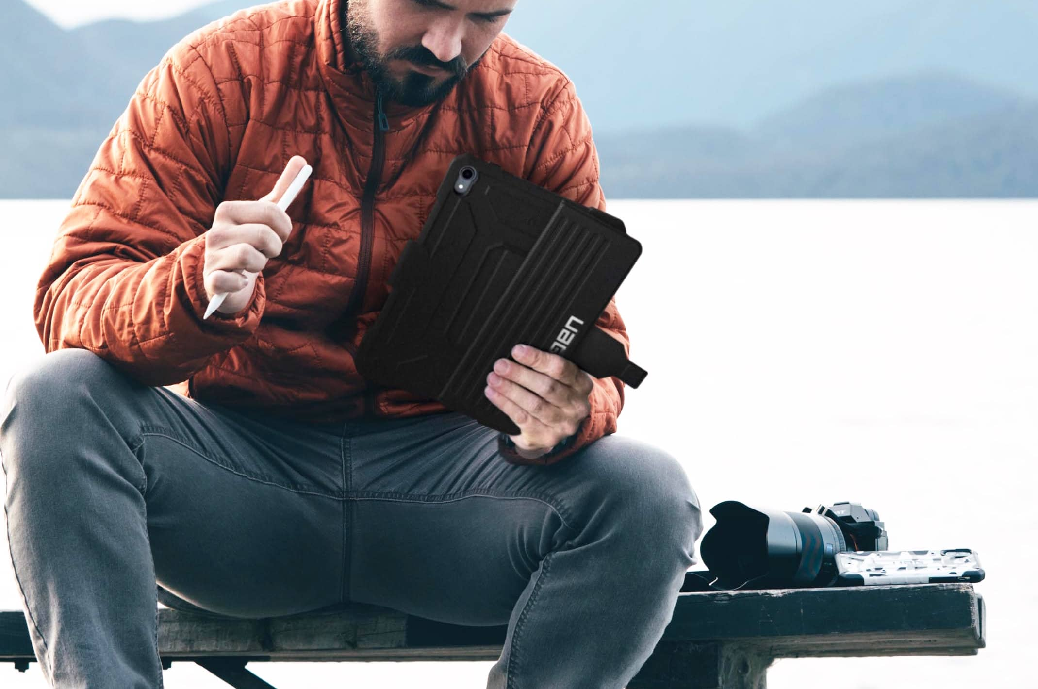 The Urban Armor Gear Metropolis iPad Pro case was created with the modern wanderer in mind.