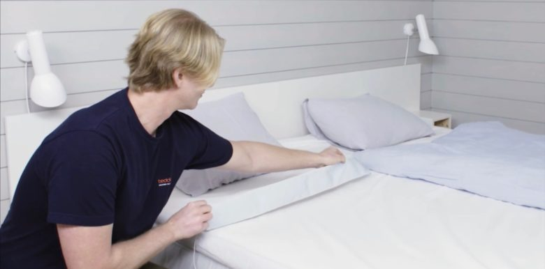 Beddit 3 sees you when you're sleeping; it knows when you're awake.