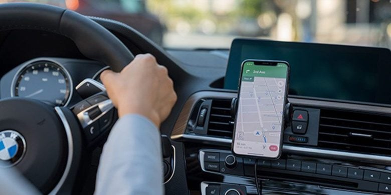 This wireless charger plugs right into your car's air vent, so you can juice up your phone effortlessly on the go.