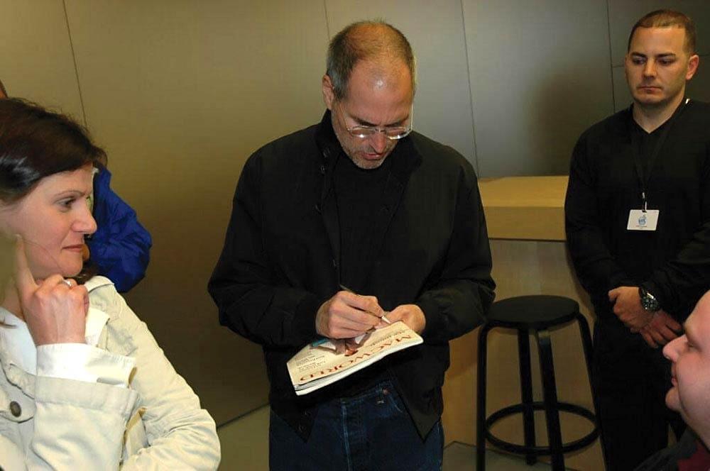 Steve Jobs Macworld autograph