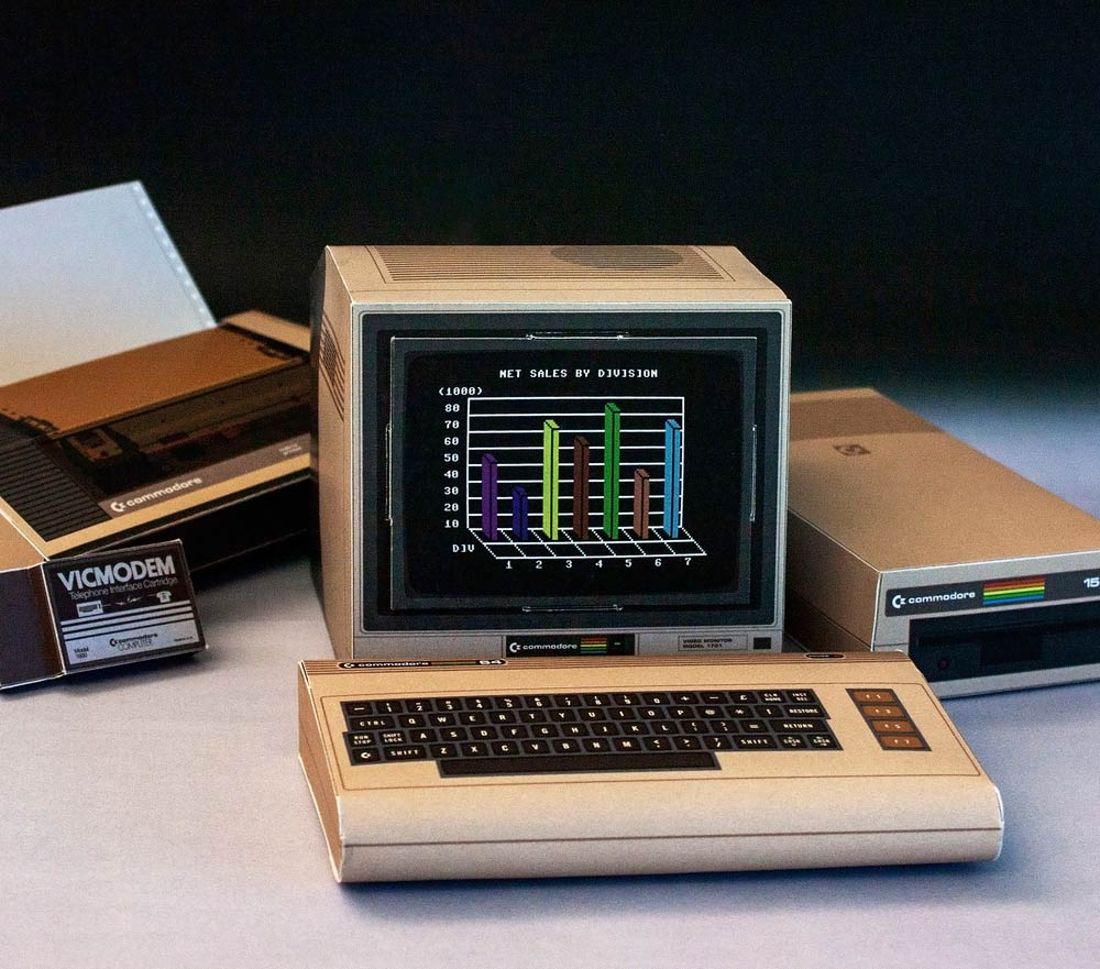 Rocky Bergen's Commodore 64 papercraft with printer and disk drive.