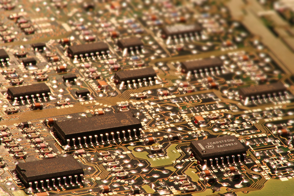 Chemical Problems Cause Defective Chips for Apple Supplier