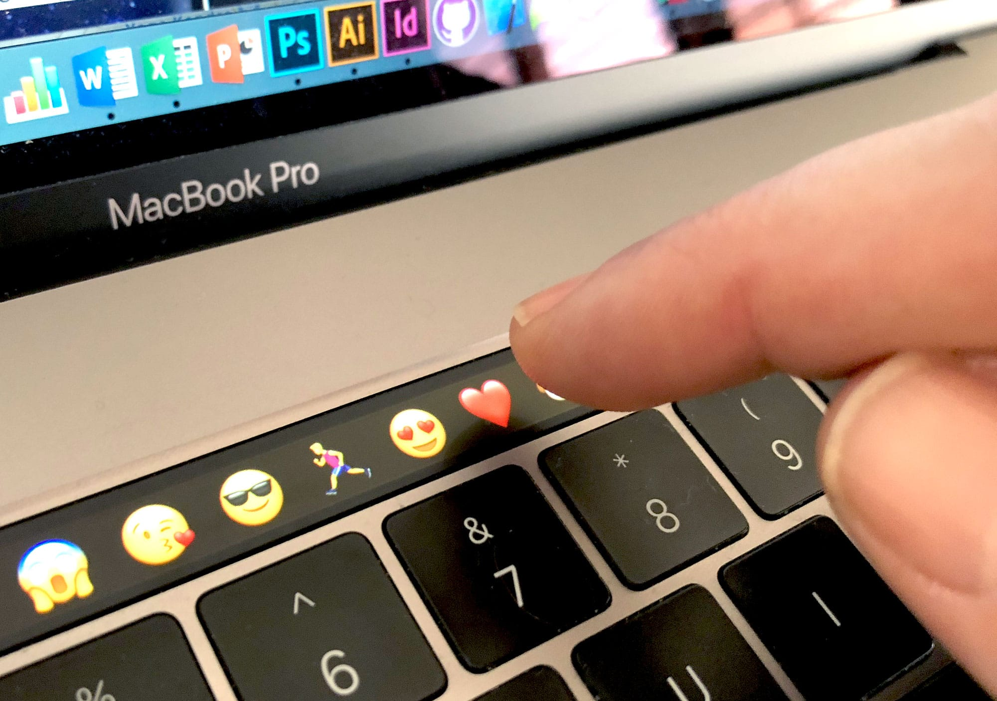 QnA VBage Top 40 tips that make you love the Touch Bar