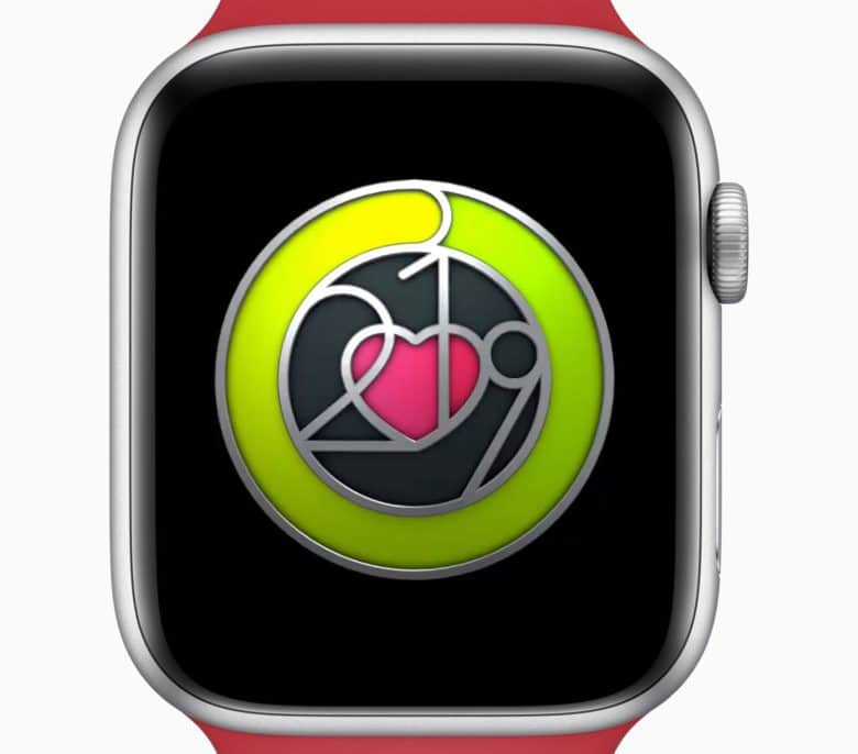 Closing the Exercise Ring seven days in a row earns you a special badge during Heart Month