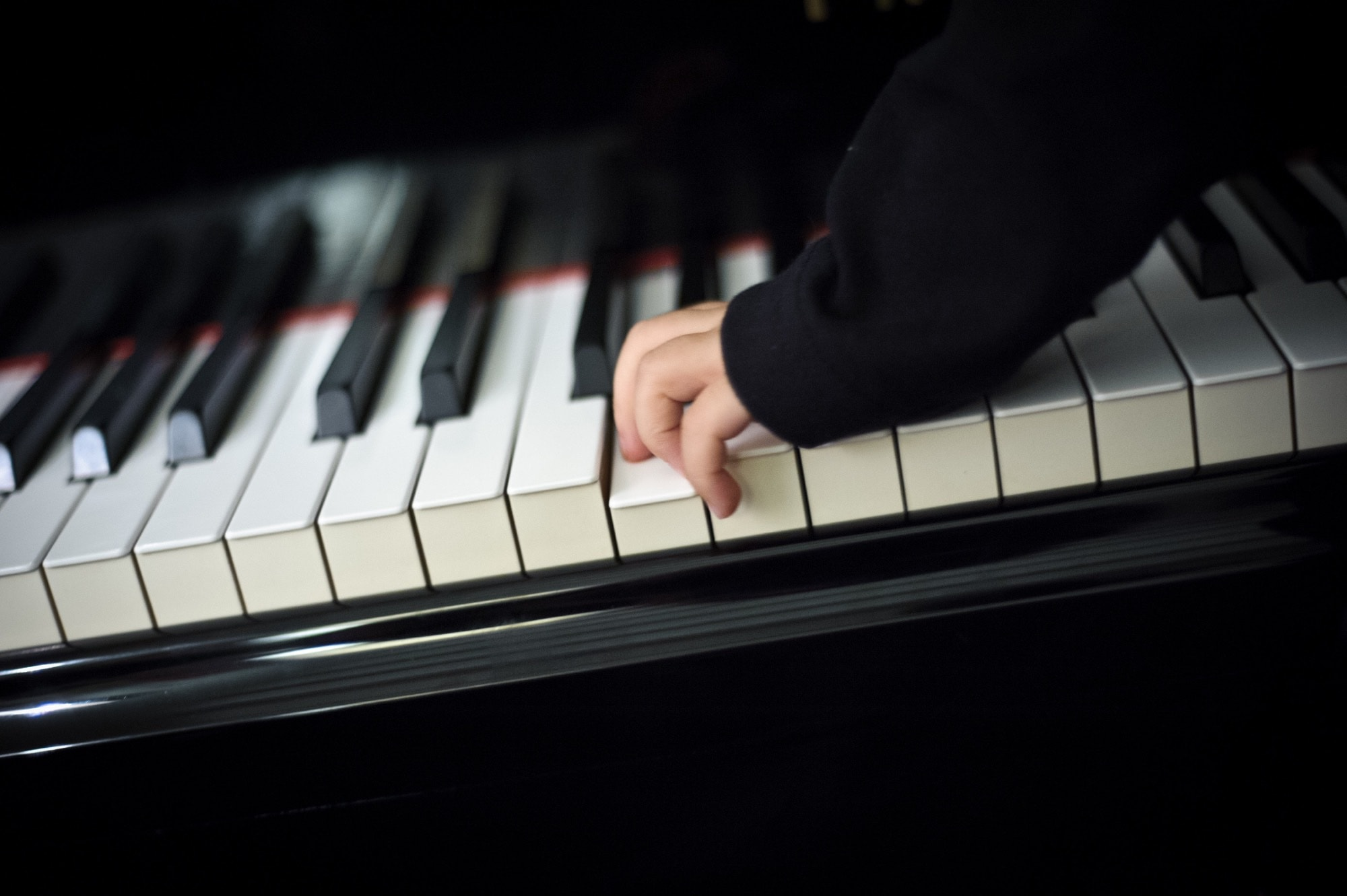 No pianist prefers a screen over a real keyboard.