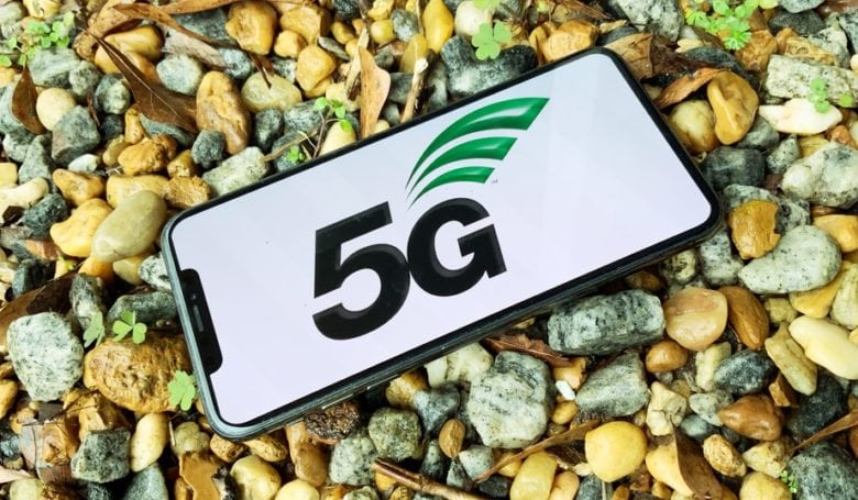Ming-Chi Kuo spills details on 5G iPhone, antenna challenges