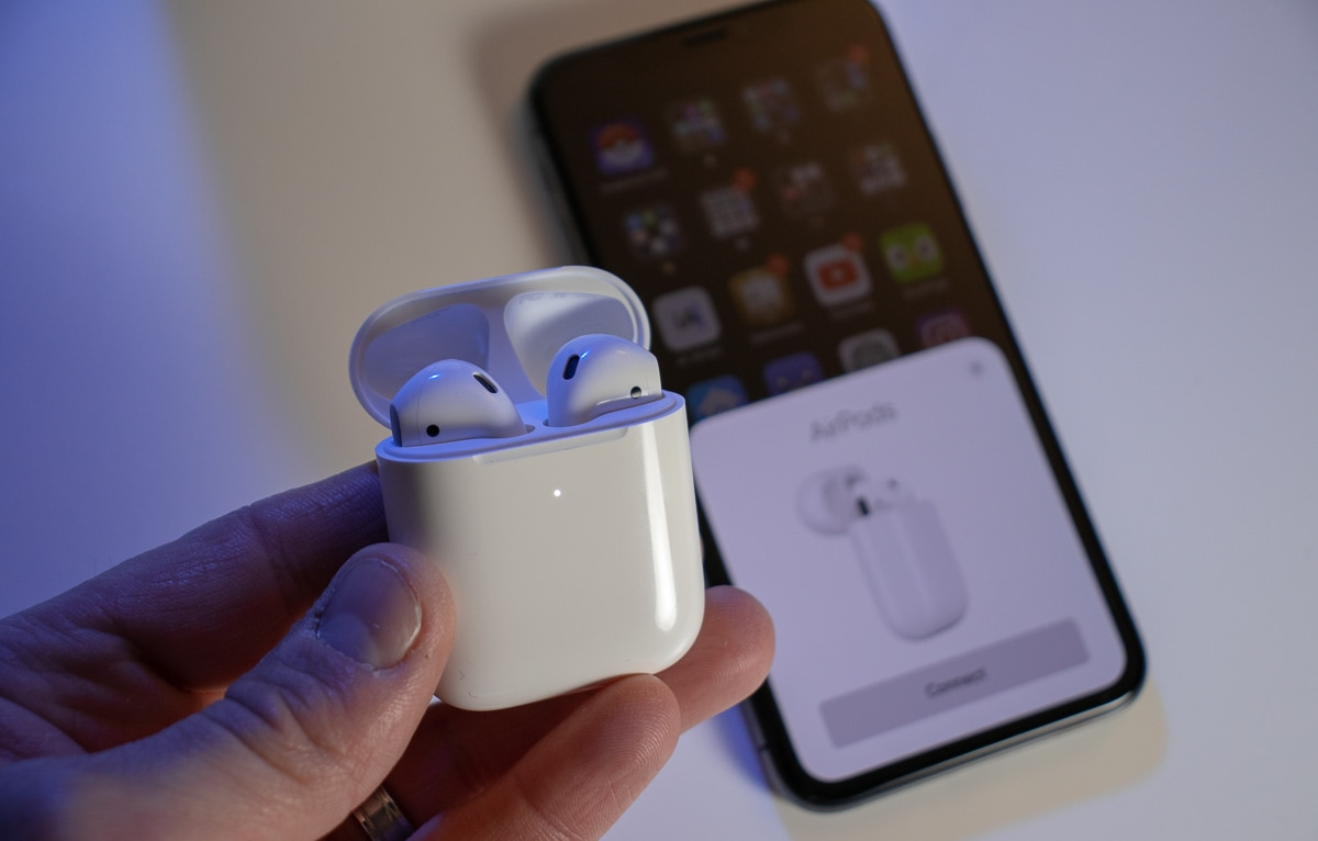 AirPods 2 pairing with iPhone