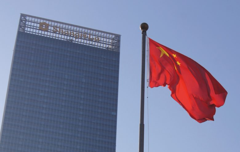 Apple is not about to raise a white flag and give up on China.