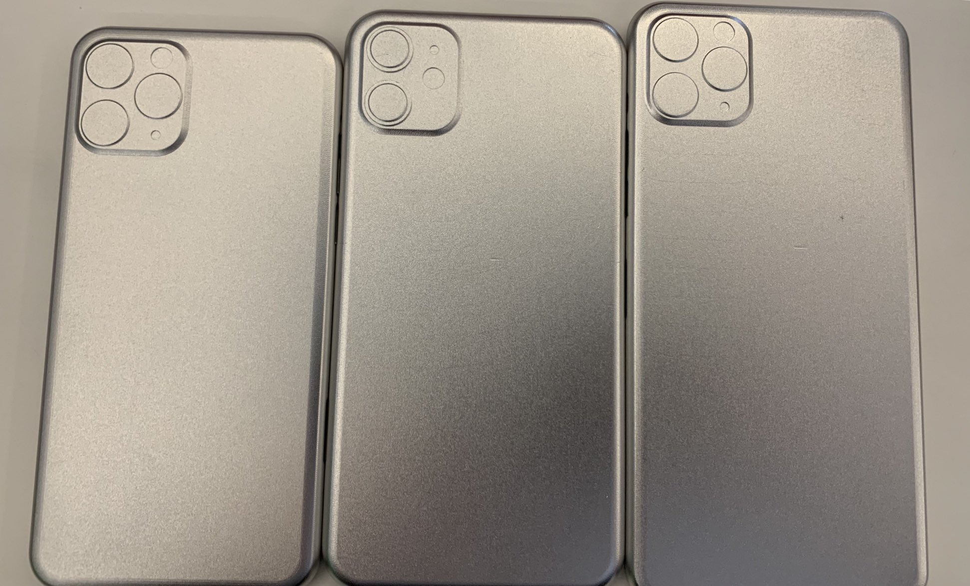 2019 iPhone molds
