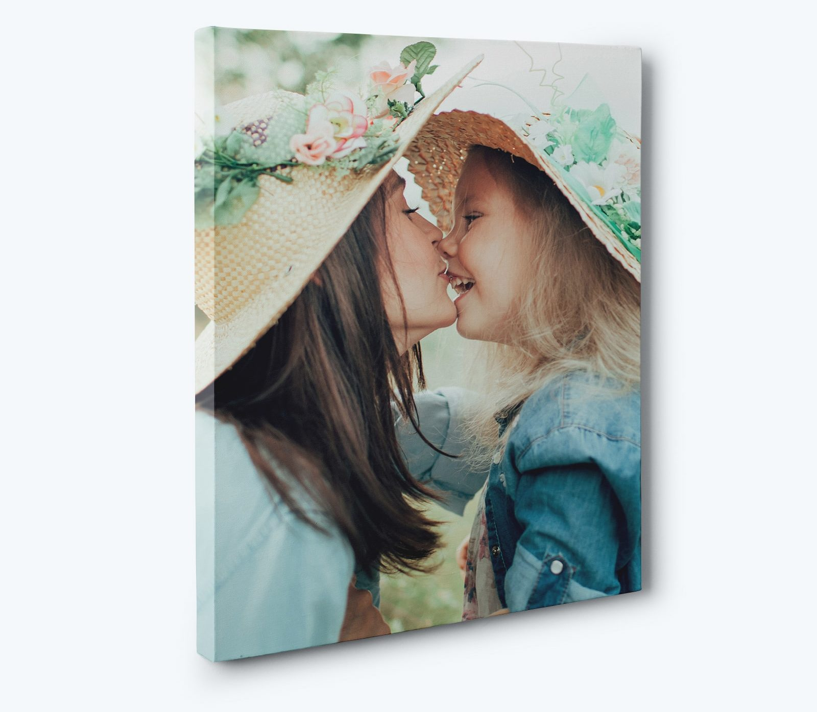 Print your iPhone photos on canvas with CanvasChamp.
