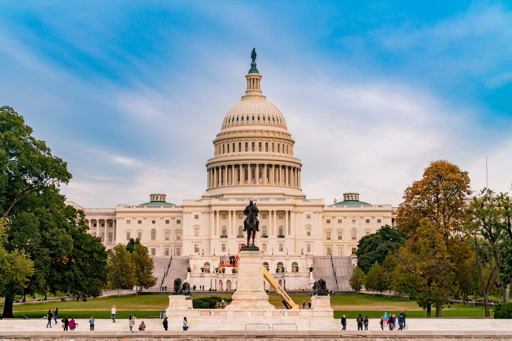 Apple is heading back to Washington, D.C.