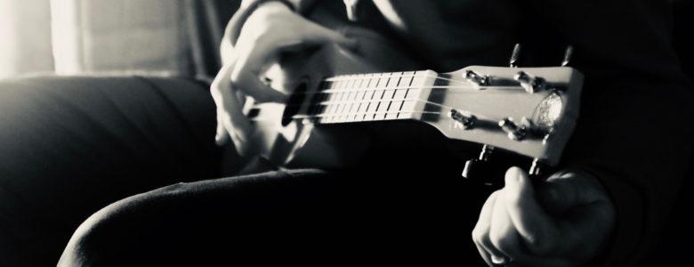 Tuning a ukulele