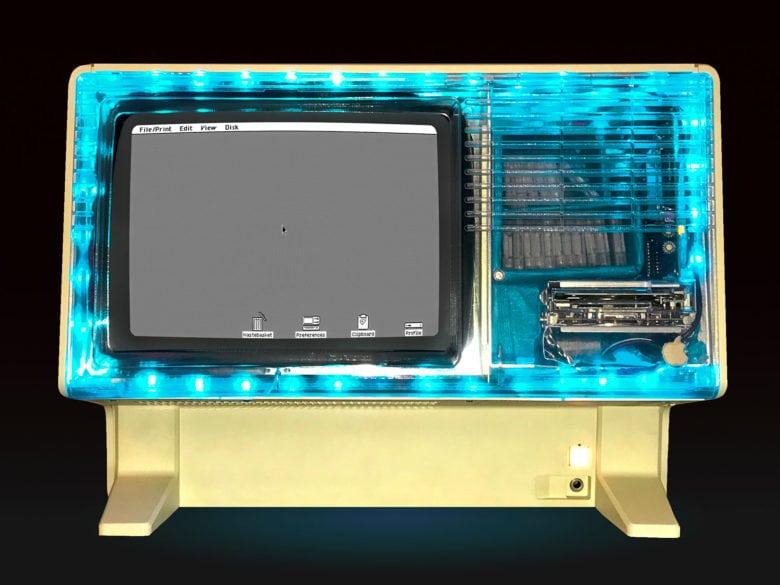 Apple Lisa with LED light strip