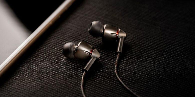 1More Quad Earphones