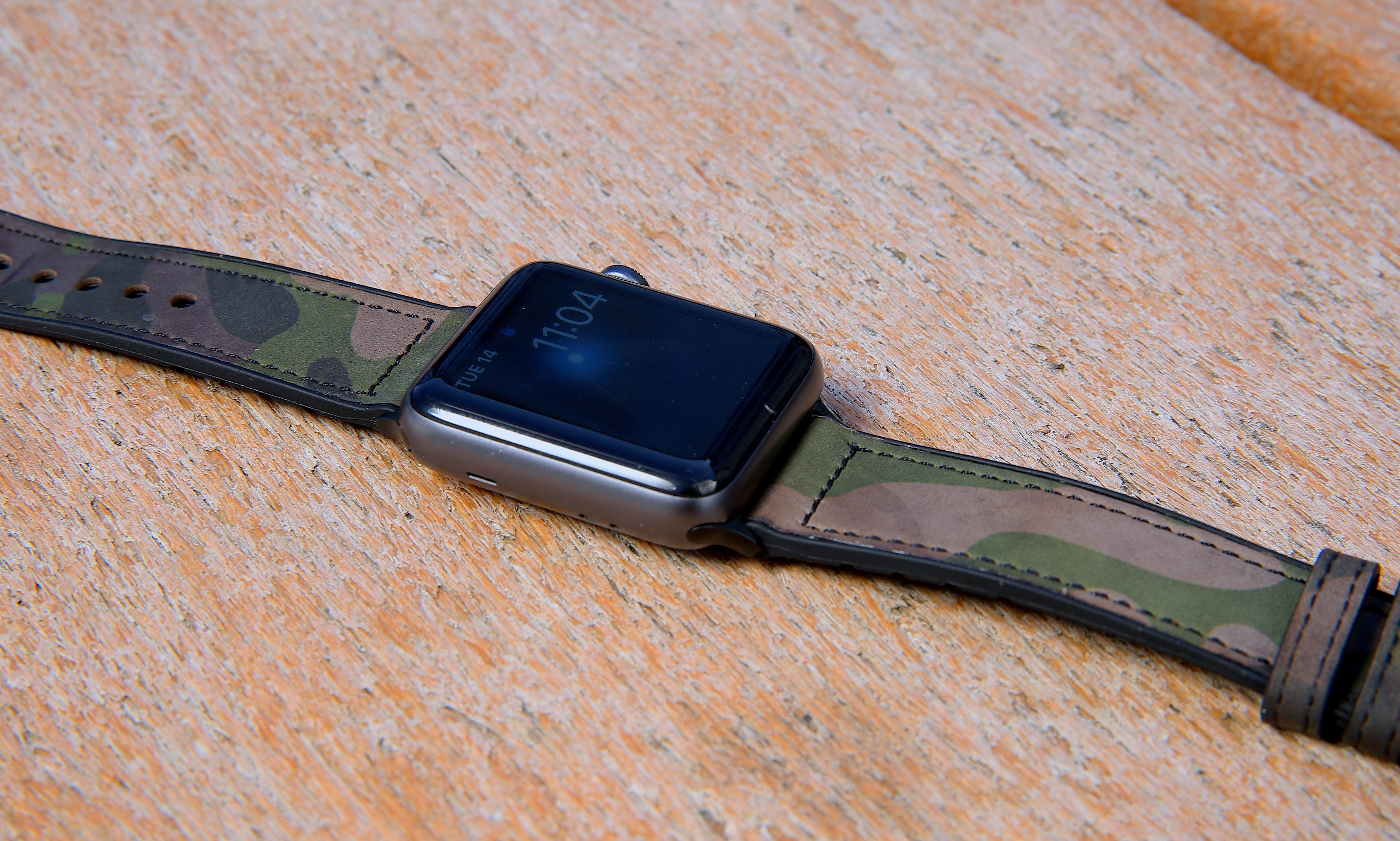 Mifa Hybrid Sports Leather Apple Watch Band - Camouflage