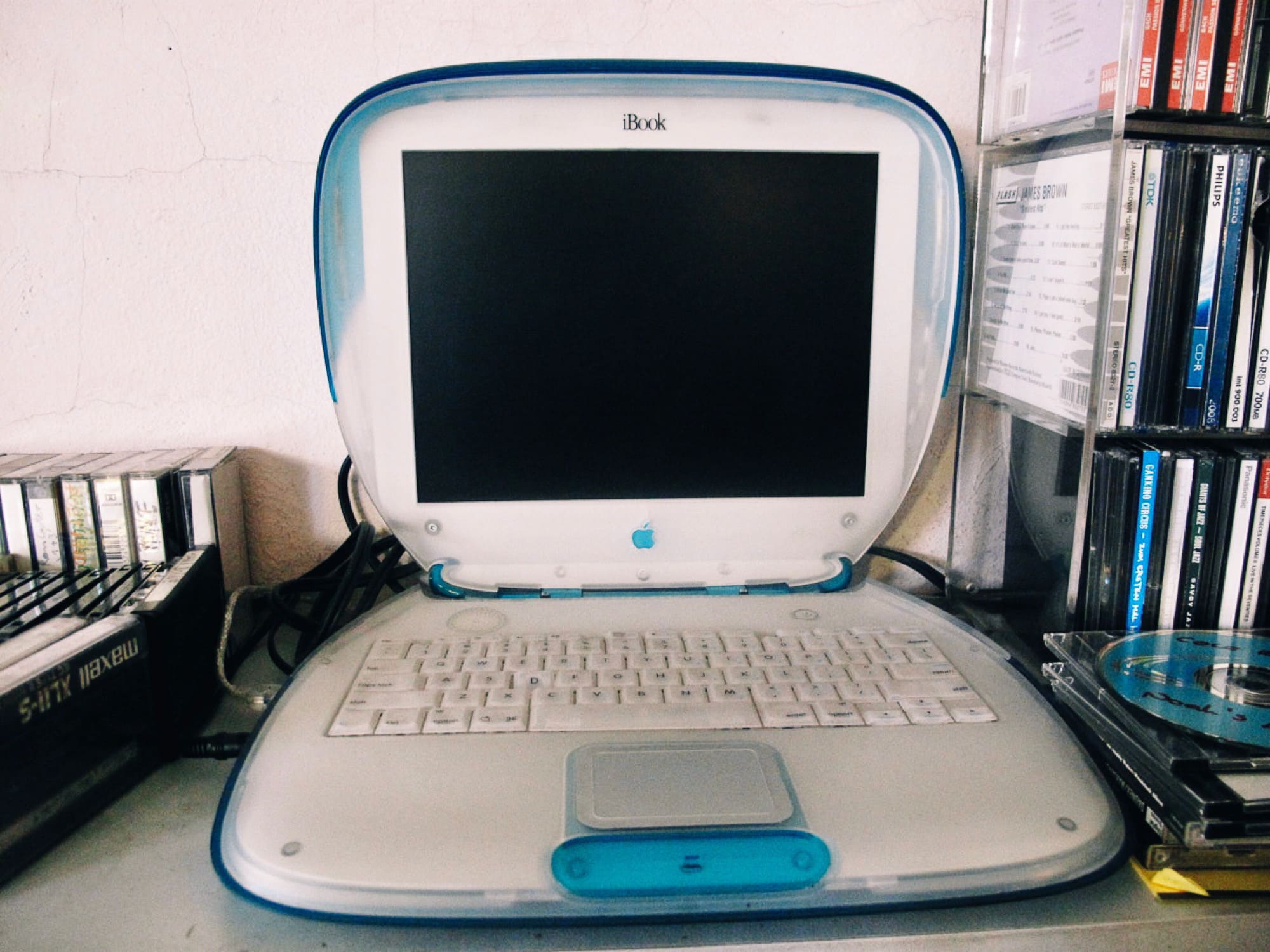 Old toilet seat iBook