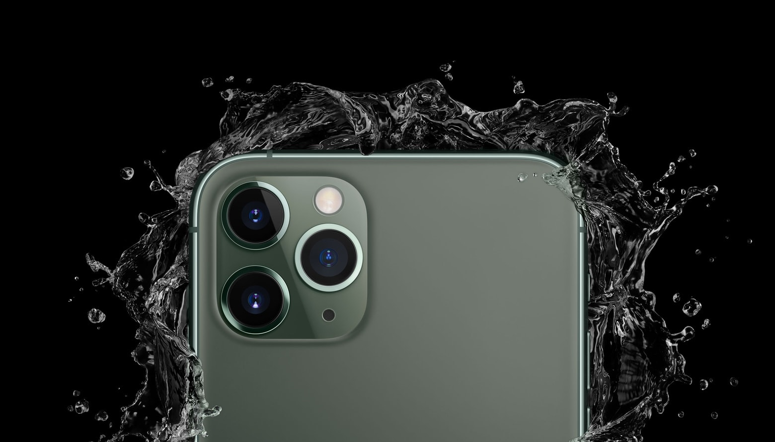 iPhone 11 camera lenses