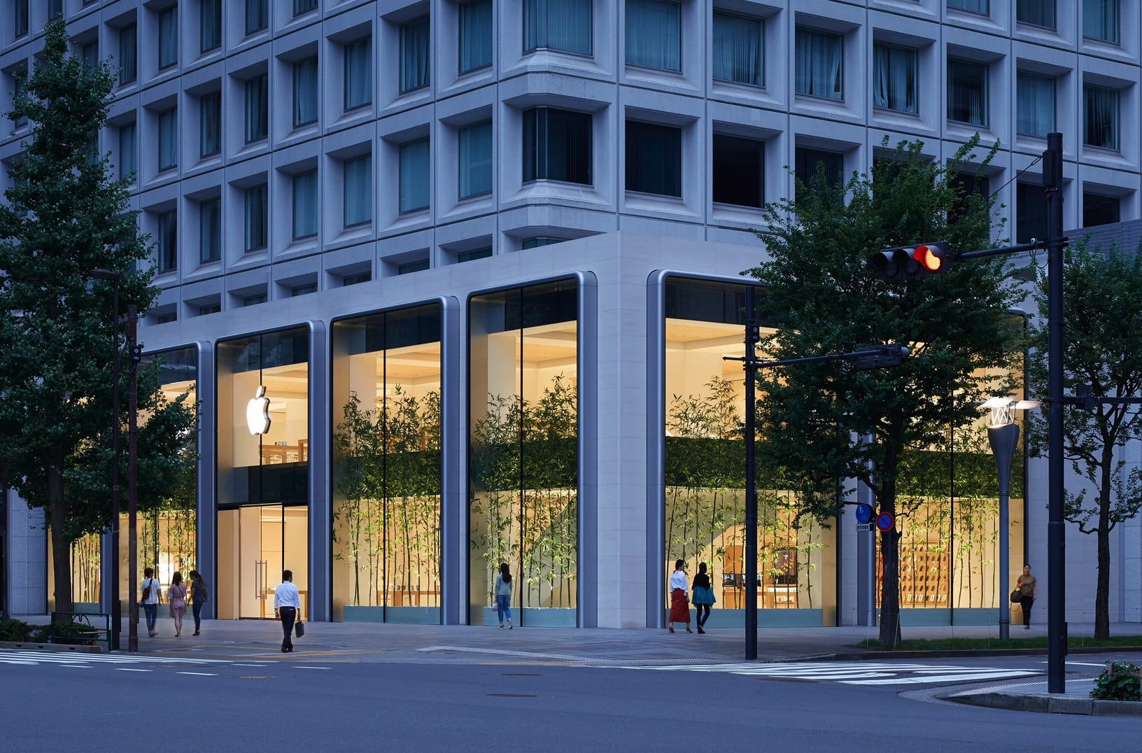 Apple new store in Japan