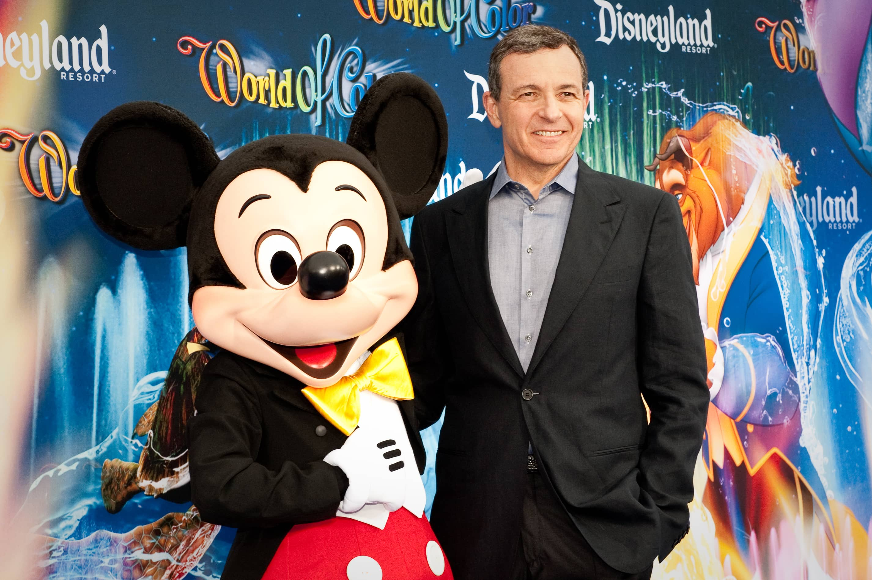 With Apple TV+ ready to compete against Disney+, Bob Iger resigns from the Apple board.