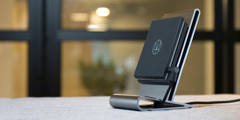CoreStand Qi Wireless Charger