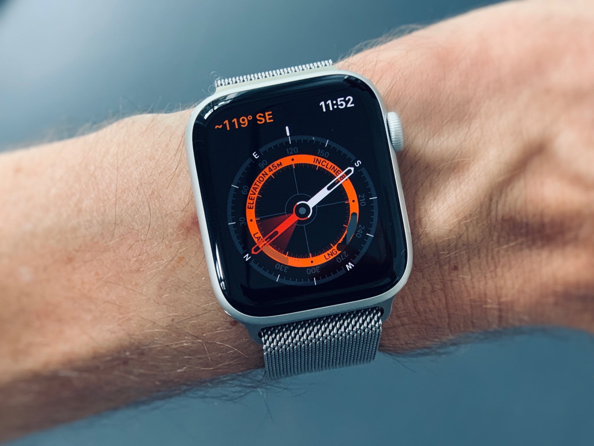 Apple Watch compass