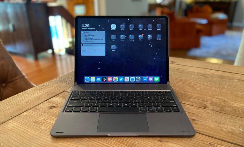 Sentis Libra iPad keyboard with trackpad