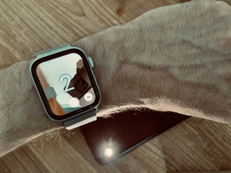 Apple Watch camera remote